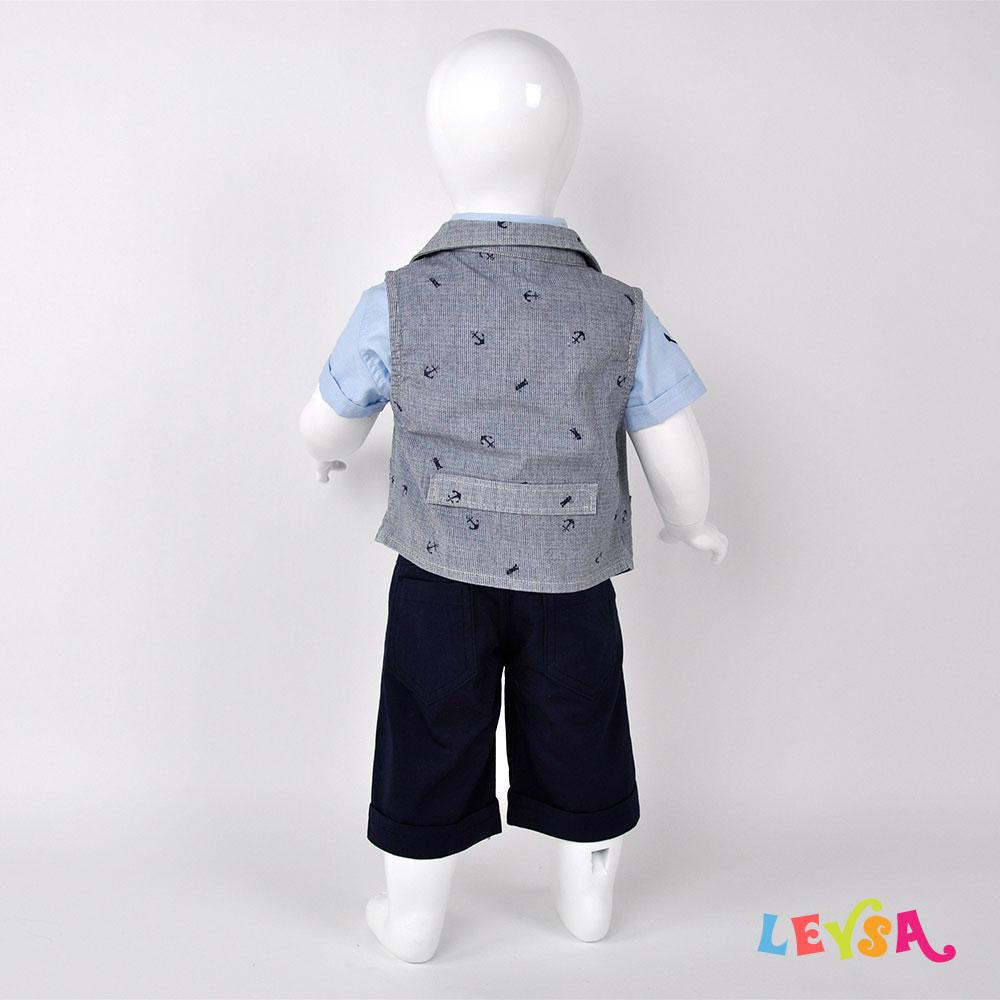 Рубашка с бабочкой, пиджак и бриджи
