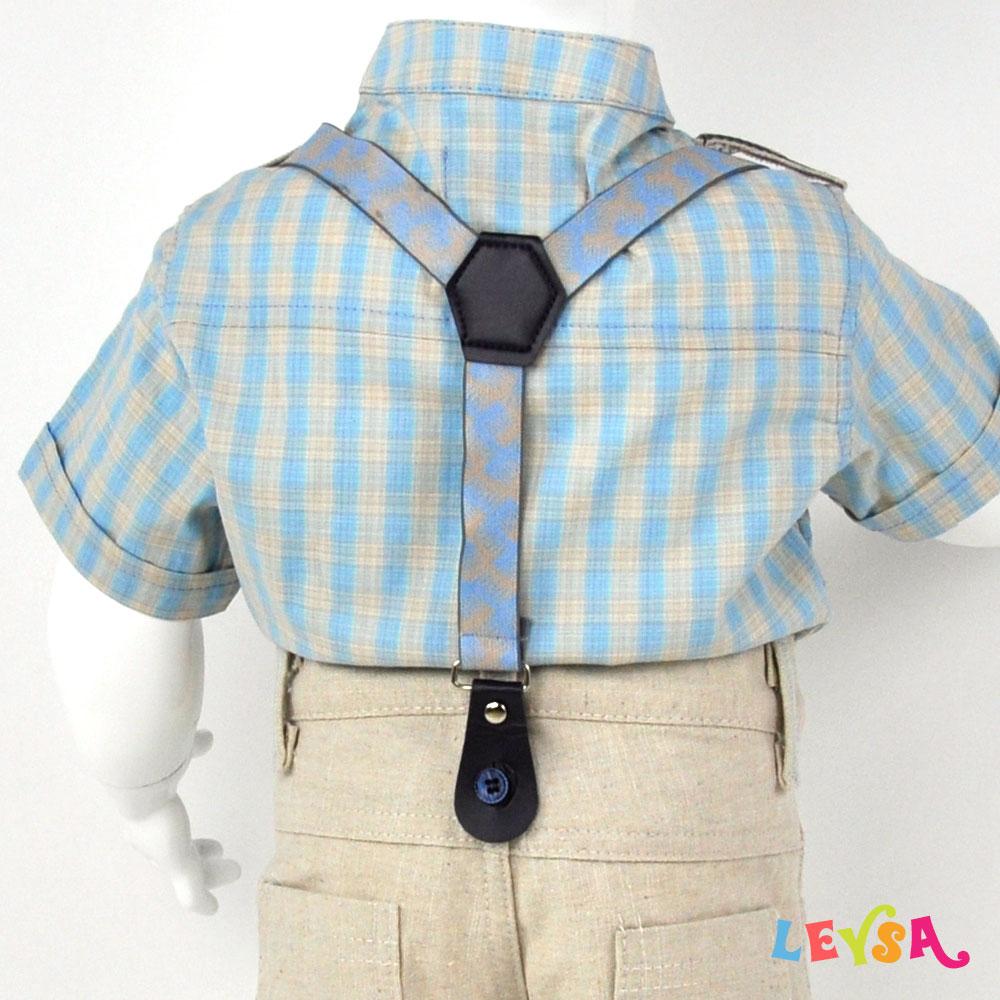 Рубашка на подтяжках, бриджи и кепка