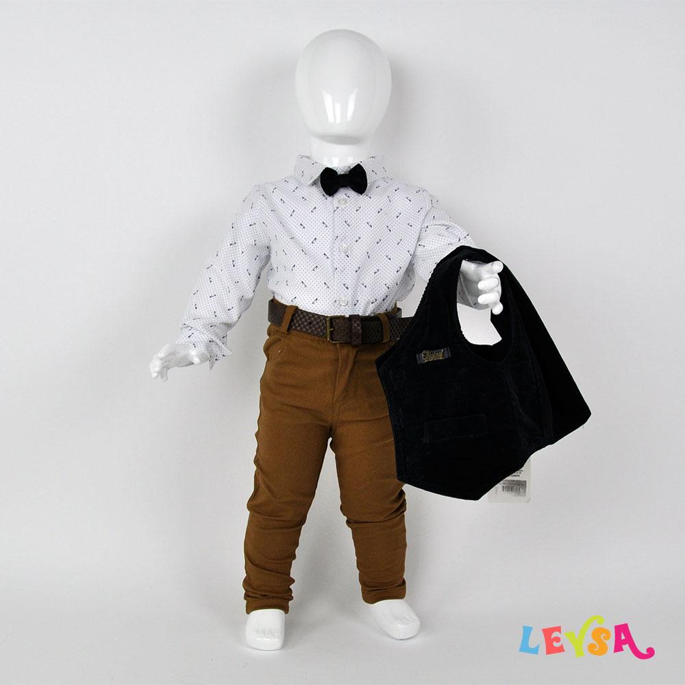 Рубашка с бабочкой, брючки и накидка